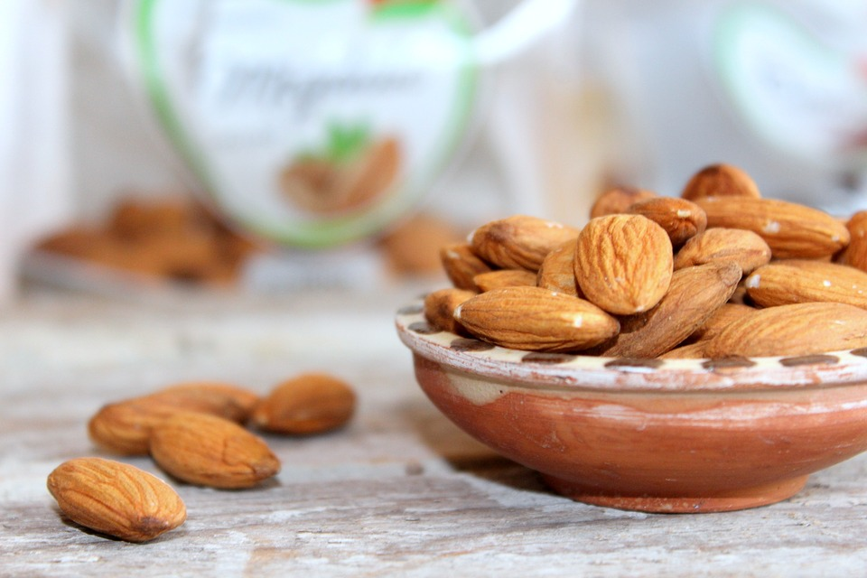 8 Health Benefits of Almonds