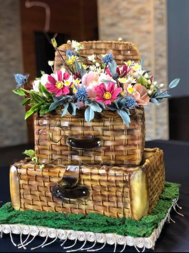 Why wedding cakes taste better than regular ones?
